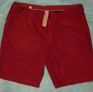 (36) Burberry Brit Maroon Shorts